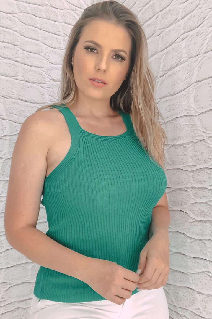 Blusa Tricot Canelado Lisa Básica