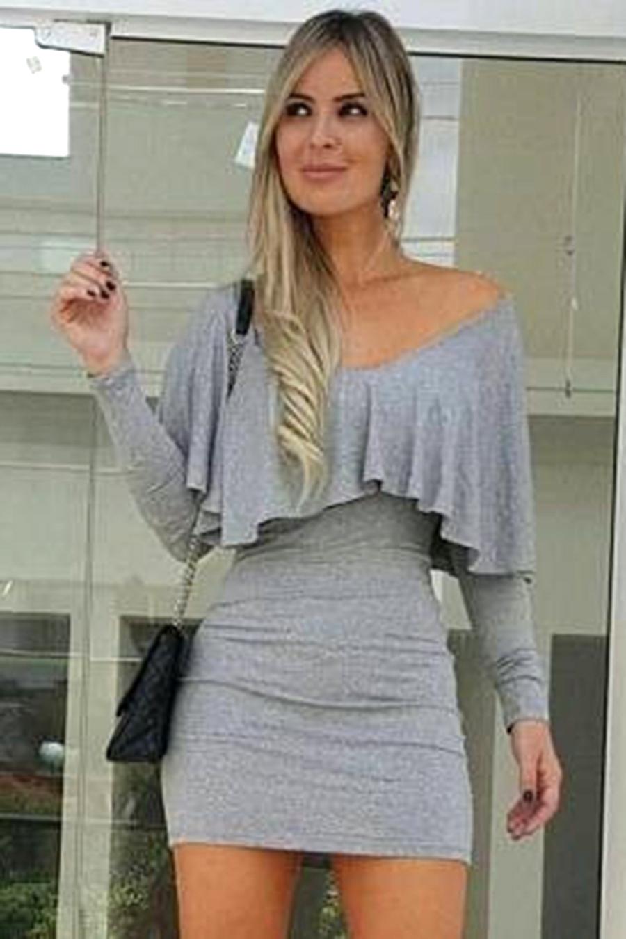 Vestido Curto Viscolycra Decotado Manga Longa Babado Cinza