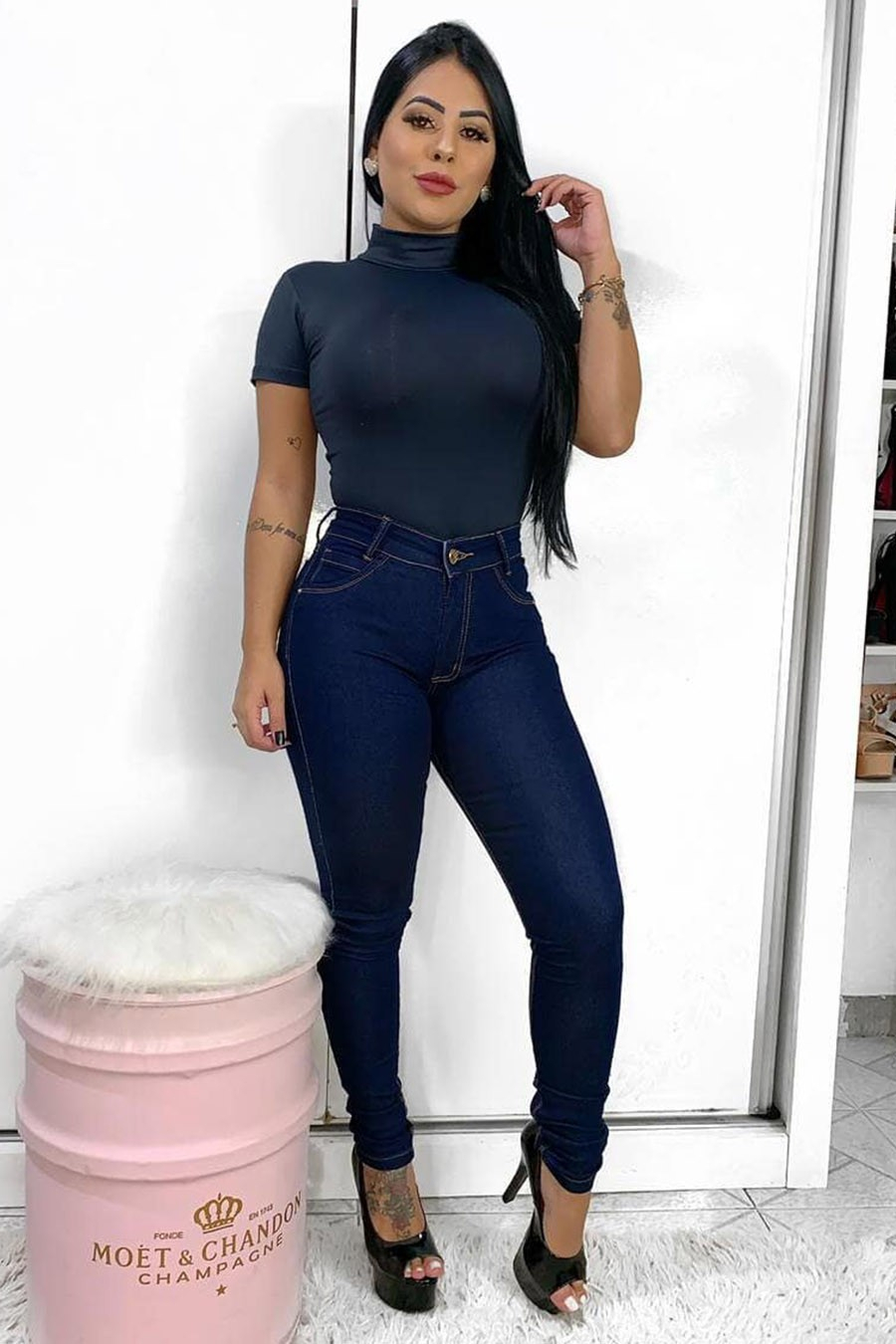 Calça Jeans Skinny Lavagem Escura
