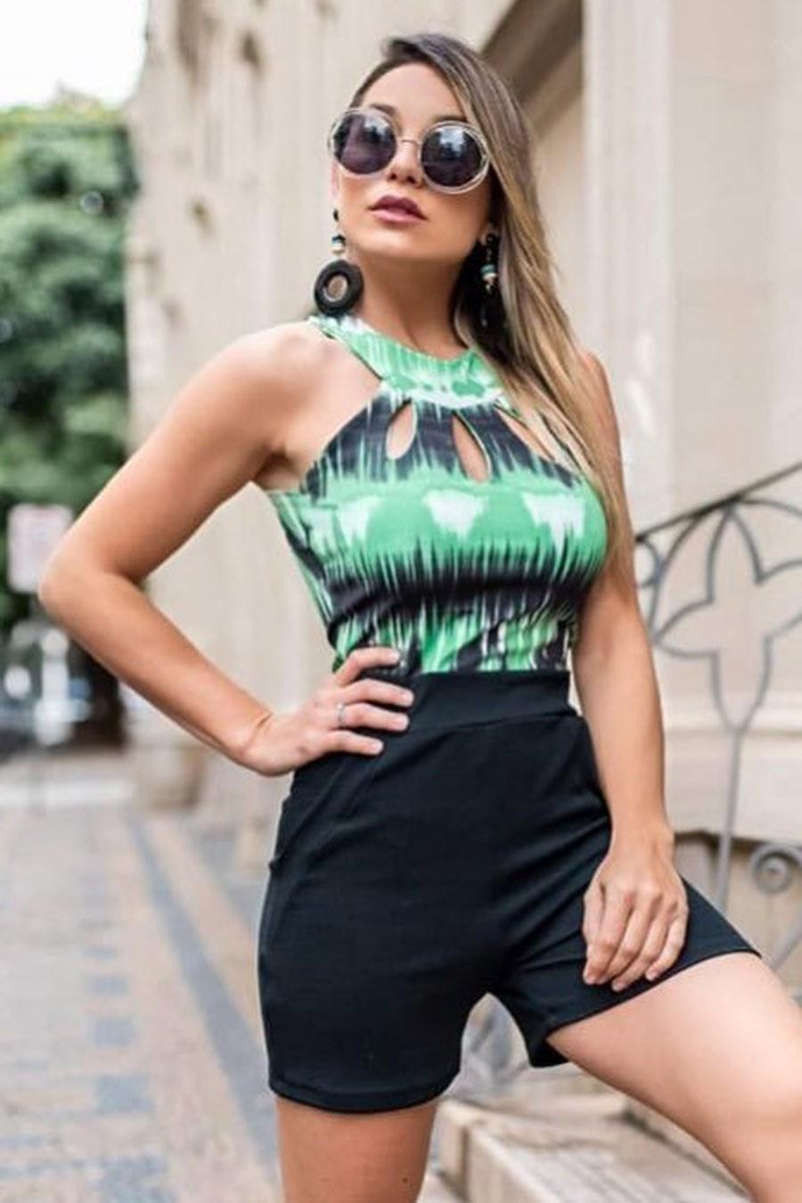 Macaquinho Crepe e Suplex Detalhe Gota Verde e Preto