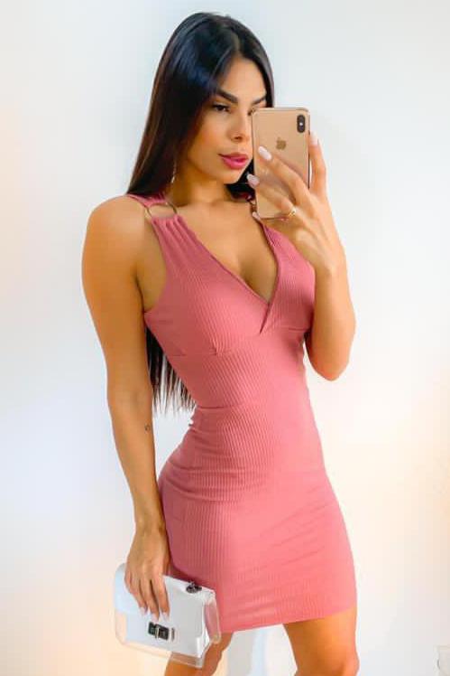 Vestido Curto Canelado Decote V Rosa