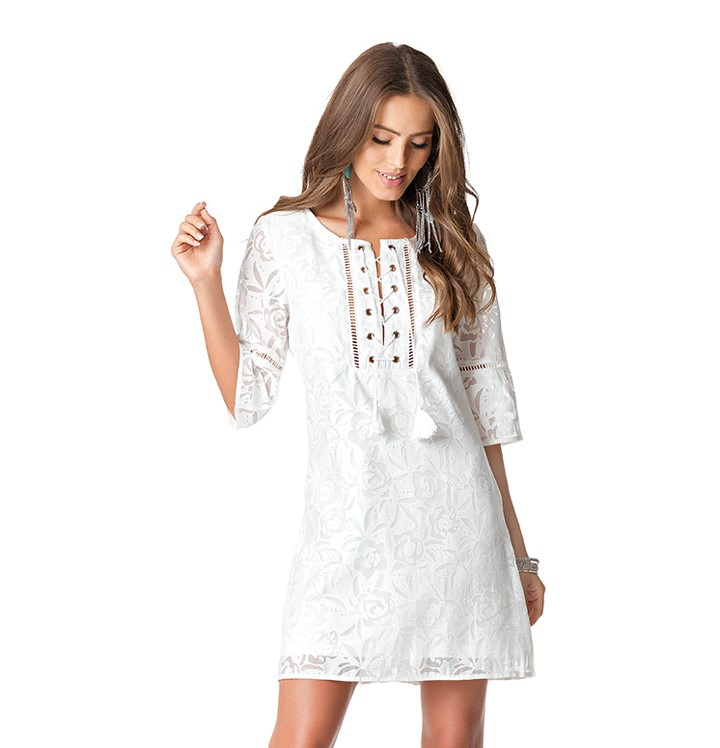 Vestido Curto Devorê Mangas 3/4 Ilhós Branco