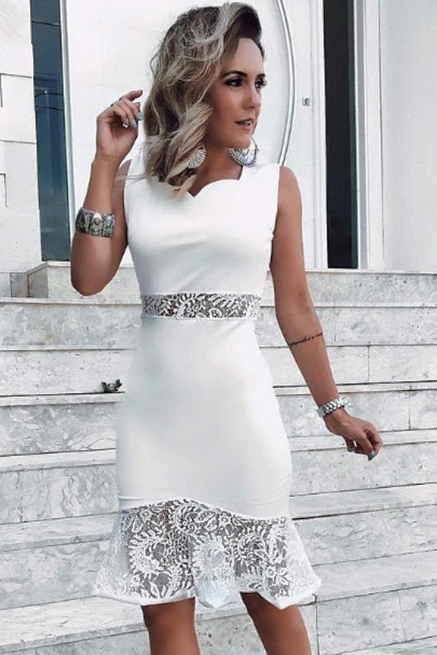 Vestido Curto Branco Detalhe Rendado